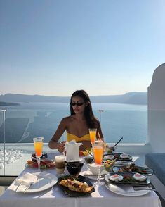 Cindy Kimberly is a talented artist and very popular among fans. Cindy Kimberly photo gallery with amazing pictures and wallpapers collection. Ibiza, Summer Goals, Foto Pose, Travel Goals, Travel Inspiration, Summertime, Vsco, Wanderlust, Dream Life