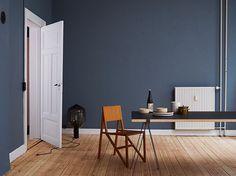 Bilderesultat for st pauls blue Blue Rooms, Blue Bedroom, Blue Walls, Elle Decor, Room Colors, Wall Colors, Paint Colours, St Pauls Blue, Jotun Lady