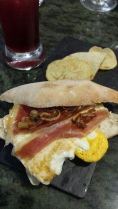 #Tapa huevo con jamón
