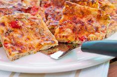 Pizzapannari tonnikalasta – Hellapoliisi Ketogenic Recipes, Diet Recipes, Vegan Recipes, Baking Recipes, Dessert Recipes, Recipe For Mom, Fabulous Foods, I Foods, Easy Meals
