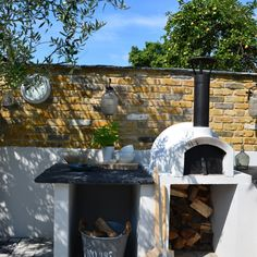 Primo Ideal Homes Mag - The Stone Bake Oven Company Diy Pizza Oven, Pizza Oven Outdoor, Pizza Ovens, Outdoor Sinks, Diy Outdoor Kitchen, Grill Gazebo, Brick Bbq, Four A Pizza, Backyard Landscaping