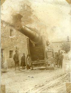 5835 Huge howitzer, location unknown. WW1