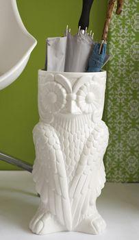 Owl umbrella holder. <3<3<3