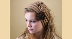 Hairband with flower knitted with camel hair yarn