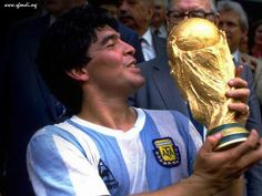 Best soccer player of all time Diego Armando Maradona, In Mexico he was the champion with Argentina National soccer team, he won the Fifa World Cup in 1986 Football Drills, Football Icon, World Football, Soccer World, Football Soccer, Soccer Moms, World Cup 2014, Fifa World Cup, Mexico 86
