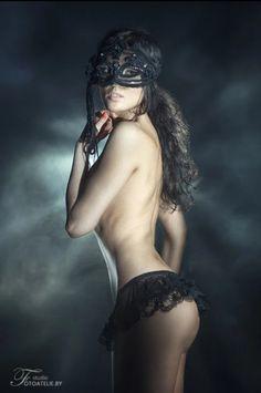 Best looking girl nude pics