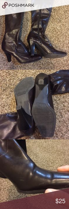 Merona boots size 9 Women's Merona boots size 9. GUC. Actually, only worn once but there is a scuff as shown in the pic. Merona Shoes Heeled Boots