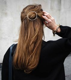 exPress-o: Fall Hair Trend: Circle Barrette