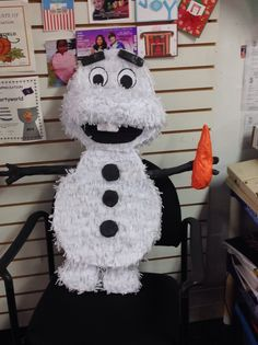 Disney Frozen Piñata. Special Creations. DIY
