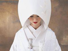 息を呑むほどお美しい♡「白無垢 × 綿帽子」を身にまとった花嫁さんのシングルショット*16選   ZQN♡