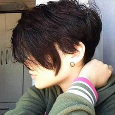 14 More Nice Short Hairstyle Ideas for Teen Girls: #10. Brunette Pixie