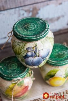 How to make a decoupage box – Easy Tutorial – DIY Baby Food Jar Crafts, Tin Can Crafts, Baby Food Jars, Bottle Painting, Bottle Art, Bottle Crafts, Bottles And Jars, Glass Jars, Mason Jars
