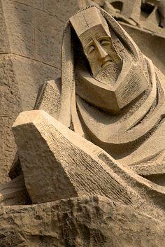 A partial detail from the Passion facade of La Sagrada Familia, Barcelona, Spain, architect Antoni Gaudi Gaudi Barcelona, Barcelona Catalonia, Barcelona Travel, Antonio Gaudi, Modernisme, Architectural Sculpture, Art Nouveau, Sand Sculptures, Sand Art