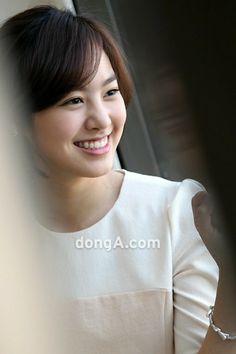 Jin Se-Yeon 진세연 チン・セヨンさん Korean Women, Korean Girl, Korean Beauty, Asian Beauty, Smiling Eyes, Hollywood Actresses, Actors & Actresses, Asian Eyes, Asian Celebrities