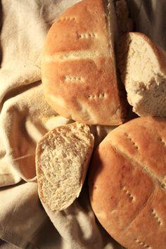 How to make Moroccan Bread via @https://www.pinterest.com/brokefoodies/