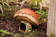 toad houses for the garden | 10 Beautiful Toad Houses to Spice Up your Garden