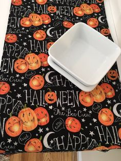 Halloween Table Runner  Pumpkin Table Runner  jack o lantern