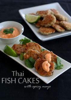 Thai Fish Cakes with Spicy Mayo #lowcarb #glutenfree #barramundi @NoshOnIt