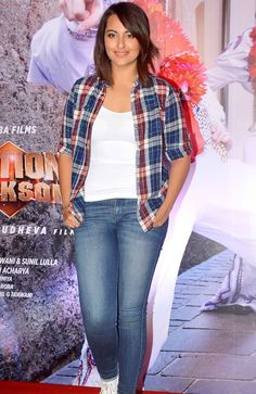 Sonakshi Sinha showing off her new-cropped look at the launch of 'Action Jackson' song titled 'Keeda'.