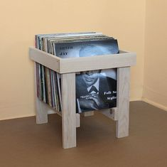 Love the design of this handmade LP record crate; traditional joinery would really put a shine on it. Record Crate, Record Shelf, Record Display, Record Cabinet, Vinyl Record Storage, Lp Storage, Wood Projects, Woodworking Projects, Solid Pine