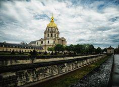 Les Invalides Ile Saint Louis, St Louis, Taj Mahal, Saints, Paris, Building, Travel, Buildings, Viajes
