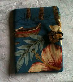 Hawaiian Aloha Fabric Tea Wallet. $8.00, via Etsy.
