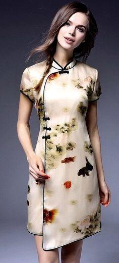 Floral Mulberry Silk Qipao / Cheongsam Dress with Wrap Front 1 Ao Dai, Cheongsam Modern, China Mode, Beautiful Dresses, Cute Dresses, Cheongsam Dress, Batik Dress, Oriental Fashion, China Fashion