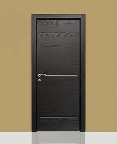 Porte interne in legno laccato spazzolato grigio tortora porte interne a filo muro pinterest - Montaggio porte interne video ...