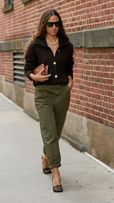 Your New Favorite Khakis Are Here, Courtesy of Celebrity