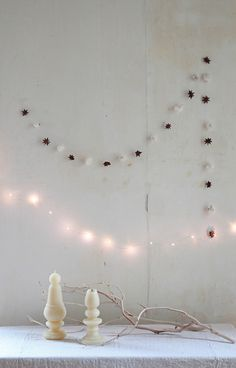 Last-Minute DIY: Holiday Garlands Made of Star Anise