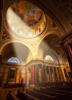 •The St Stephen Basilica (Neo-renaissance style) and the mumificated right hand of our first king, St Stephen, who was the founder of the Hungarian state and the Christian Church in Hungary. You can also go up in the tower from where you have a stunning view on Budapest downtown.