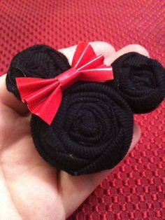 Minnie Mouse Hair Clip from t-shirt scraps (could also be used as a favor for and all girls birthday party!)