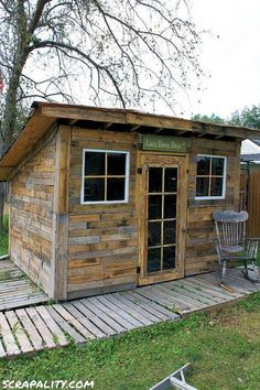 Pallet Shed Using Pallets, Old Windows & Tin Cans pallet garden shed potting old windows cans, diy, Diy Pallet Projects, Outdoor Projects, Pallet Ideas, Woodworking Projects, Wood Projects, Outdoor Ideas, Backyard Ideas, Pallet Designs, Woodworking Plans