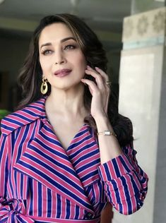 Unseen Images of Madhuri Dixit, Actress Madhuri Dixit Images - 99 Bollywood Images Bollywood Images, Bollywood Stars, Unseen Images, Just Beauty, Madhuri Dixit, Celebs, Celebrities, Timeless Beauty, Latest Pics