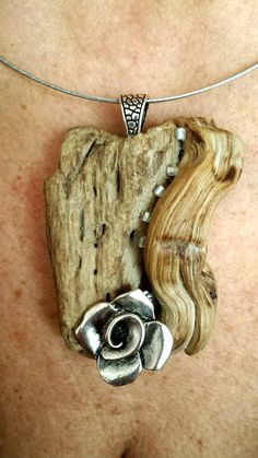 Avoid The Pitfalls To Purchasing Beautiful Jewelry Driftwood Jewelry, Wooden Jewelry, Clay Jewelry, Stone Jewelry, Metal Jewelry, Jewelry Crafts, Jewelry Art, Jewelry Design, Unique Jewelry