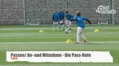 Die Pass-Rute - Passen - Technik Fc Barcelona, Football Drills, Soccer Coaching, Football Stuff, Halle, Sports, Fitness Exercises, Workout Exercises, Football Soccer