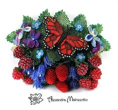 No pattern . . . love the butterfly & berries