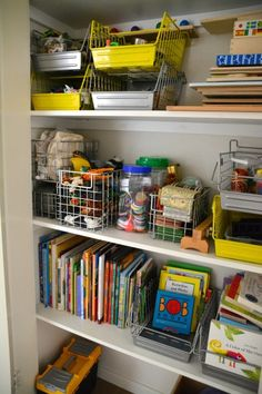 Activity/Photo of the Day---organized kids closet for teaching methods