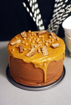 Sweet Pastries, Occasion Cakes, Piece Of Cakes, No Bake Desserts, Let Them Eat Cake, Toffee, Frosting, Cake Decorating, Food Porn