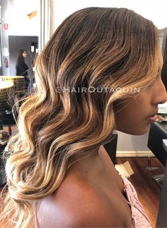 Free hand balayage 💕 #balayage #brunettebalayage #brunette #blonde #longhair #wavyhair #perth #hairsalon #hairdresser #northperth
