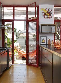 Portas para a cozinha-marquise / ARMÁRIOS DE COMPENSADO