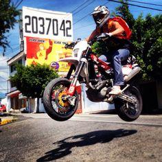 husqvarna smr450 supermoto city jump me