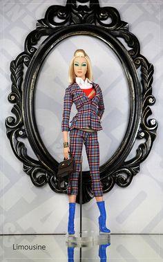 Sybarite Limousine 01 | the Sybarites by Superdoll Collectab… | Flickr Fashion Royalty Dolls, Fashion Dolls, Hi Fashion, City Bag, Doll Toys, Dressing, Friends, Barbie Dolls, Weddings