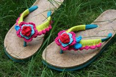 Bees and Apple Trees (BLOG): crochet slippers - crochet flip-flops