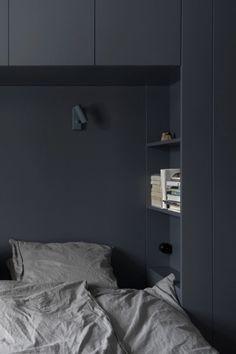Bedroom Wardrobe, Home Bedroom, Bedroom Wall, Bedroom Decor, Bedrooms, Bedroom Ideas, Bedroom Shelves, Small Master Bedroom, Bedroom Black
