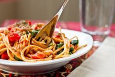 Olive oil, whole wheat pasta w/ walnuts, lentils & red peppers. Clean eating ... looks yummy