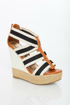 Sosie Energy Wedge Sandal. A great summer outfit maker