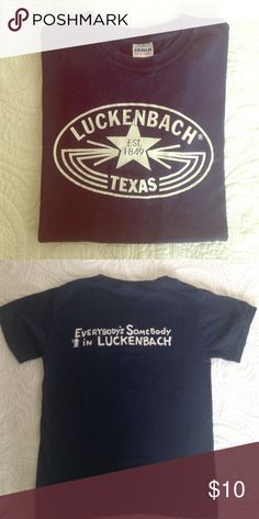 ⚡️TEXAS⚡️ tee To wear this t-shirt is to represent Texas culture, its music and laid back good times. Wearers raise Luckenbach's population from 3 to megopolis! Size is unisex. Gently worn still in great condition. ✅offers welcome✅ no trades Tops Tees - Short Sleeve
