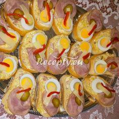 ▷ Maminčina pomazánka na chlebíčky recept - Recepty.eu Czech Recipes, Ethnic Recipes, Sushi, Sausage, Meat, Food, Drinks, Drinking, Beverages