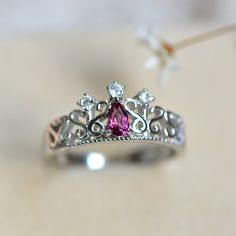 Graceful Art Deco January Birthstone Purple Garnet Silver Crown Ring for Woman